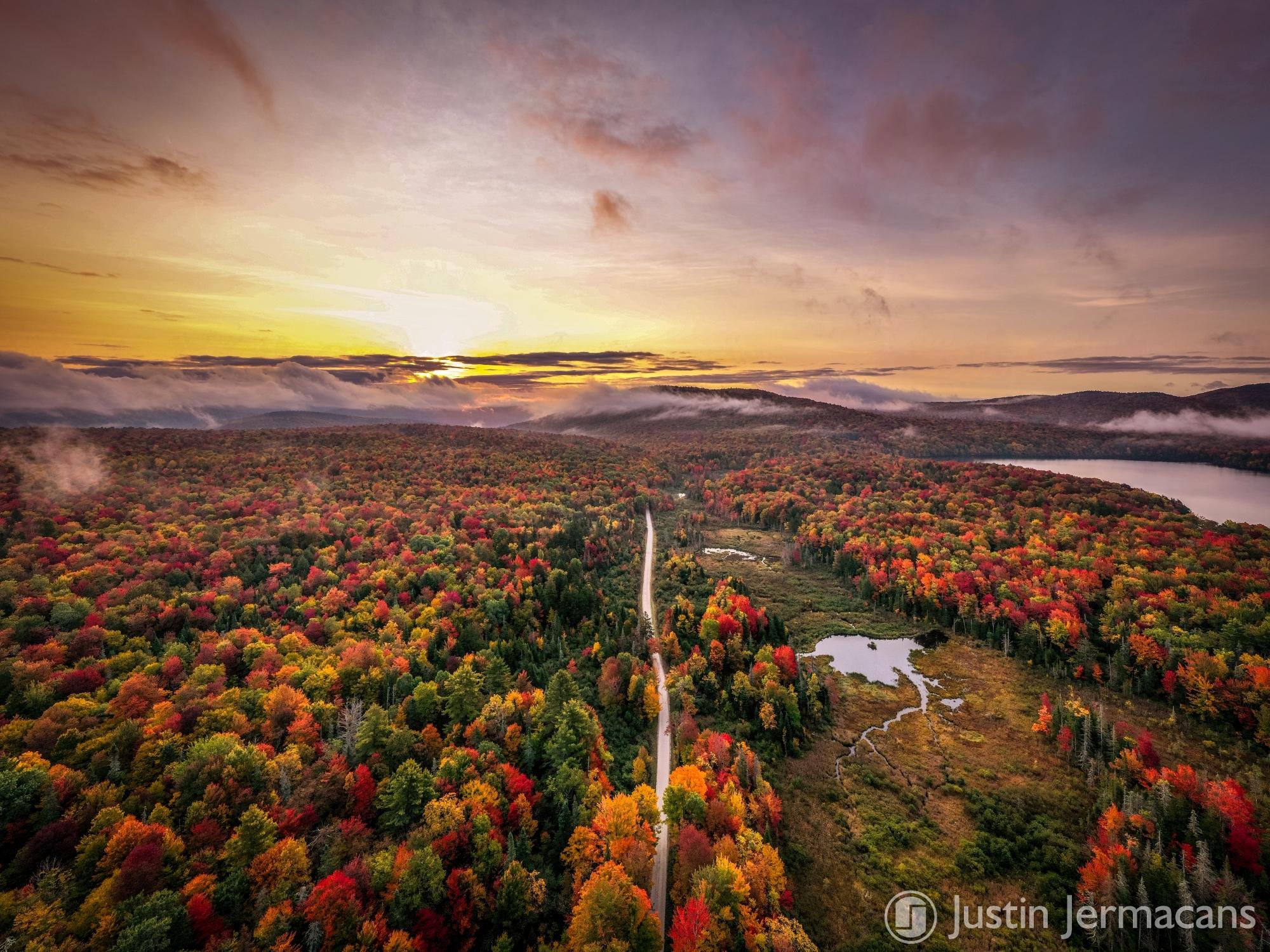 Fall Sunrise 9/27/20 - Lake Ninevah, VT